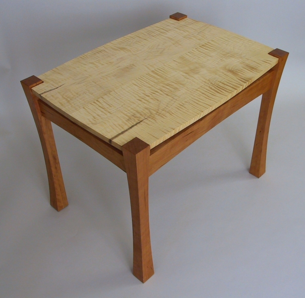Curly Maple Table3