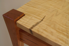 Curly-Maple-Table1